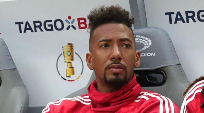 Masih Betah, Boateng Menolak Hengkang dari Bayern