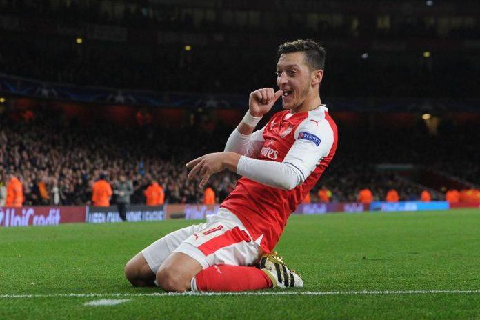 Ozil Kembali Tegaskan Keinginannya Bertahan di Arsenal