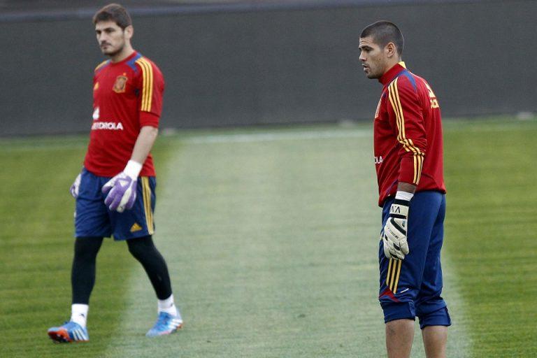 Punya Riwayat Sakit Jantung, Eks Rivalnya Sarankan Casillas Pensiun