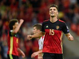 Right Back PSG Beri Sinyal Positif ke Manchester United