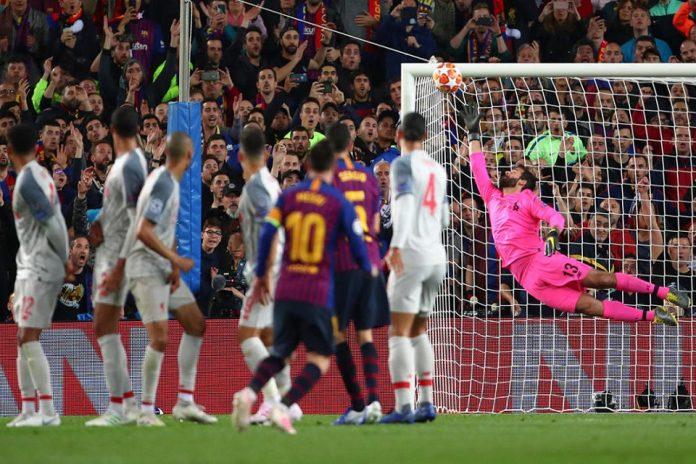 Senyum Lihat Freekick Messi, Klopp: Tembakan Indah