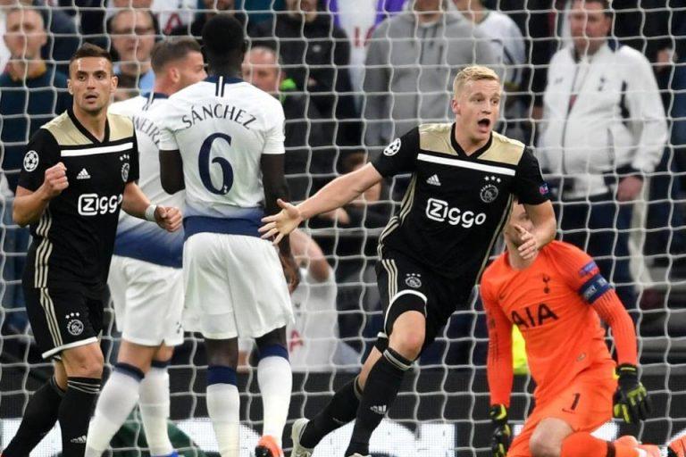 Berambisi Permalukan Spurs, Ajax Dinanti Rekor Baru