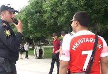 Kenakan Jersey Mkhitaryan, Fans Arsenal Diciduk Polisi