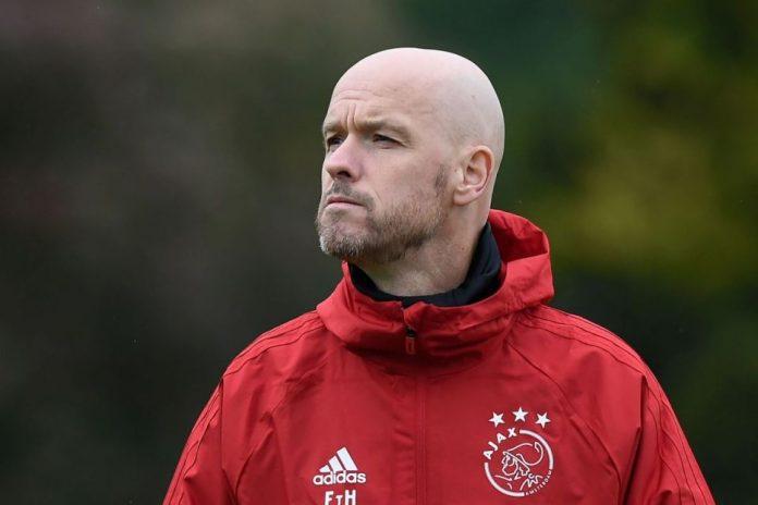 Ajax Hadiahi Erik ten Hag Kontrak Berdurasi Tiga Tahun