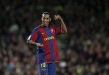 Barca Jual Ronaldinho Agar Messi Tidak Jadi Peminum