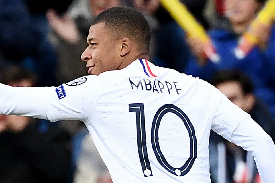 Mbappe Pemain Paling Bernilai, Ronaldo Di Posisi 20