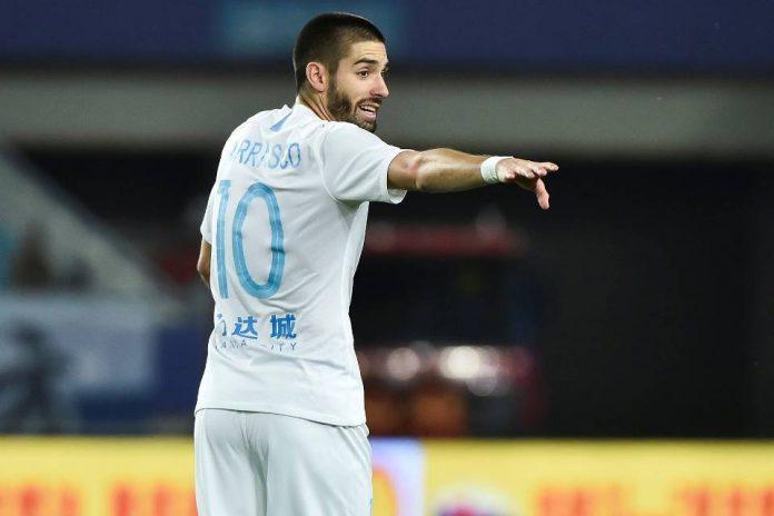 Dikaitkan dengan Arsenal, Pemain Klub Tiongkok Justru Bungkam