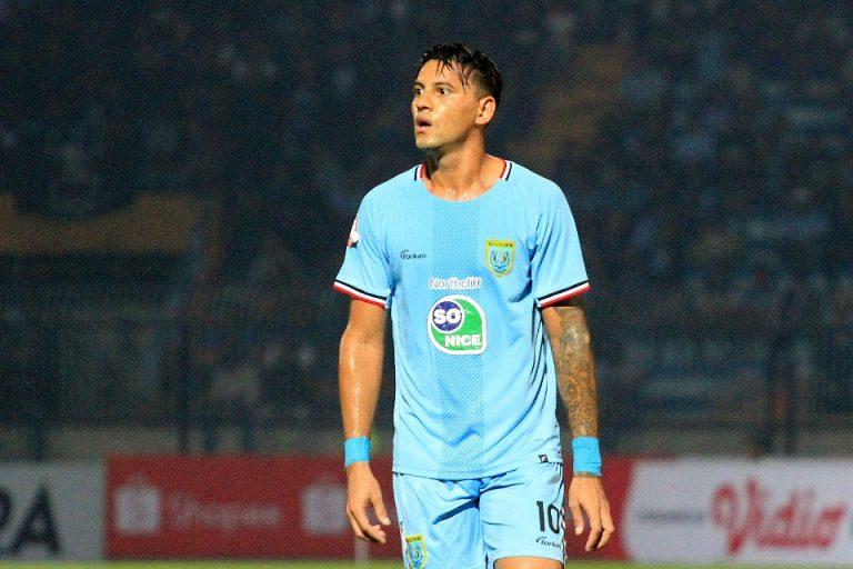 Borneo FC Tahan Imbang Persela di Surajaya