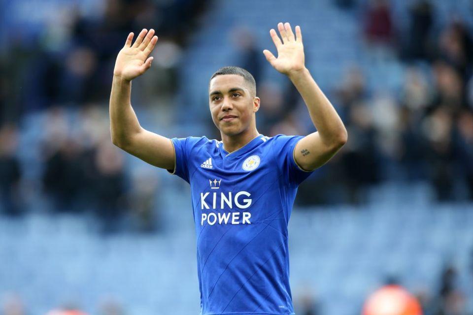 Bukan ke MU, Monaco Lepas Youri Tielemans ke Leicester City