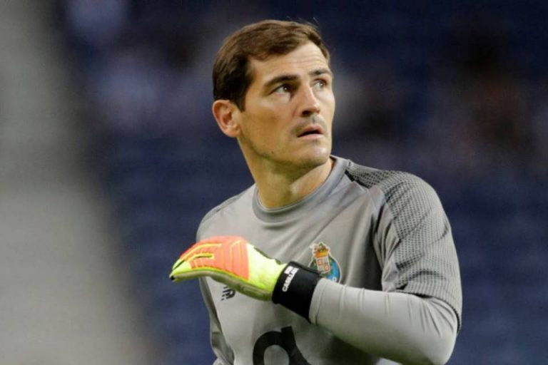 Dengar Casillas Pensiun, Buffon Kirim Pesan Mengharukan
