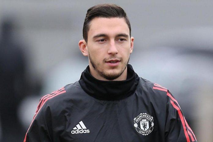 Manchester United Tetapkan Harga Transfer untuk Fullback Italia