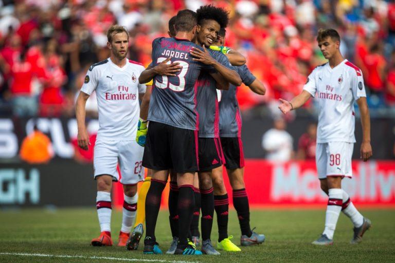 Gol Tunggal Adel Taarabt Menangkan Benfica Atas AC Milan