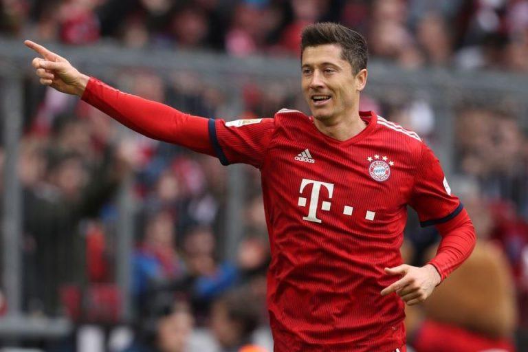 Lewandowski Kritik Kebijakan Transfer Bayern Munchen
