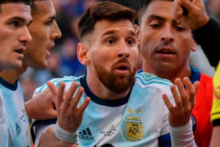 Terpilih Jadi yang Terbaik, Messi Lampaui Ronaldo dan Pele