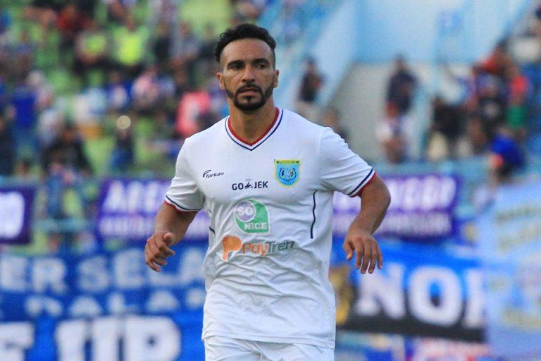 Putus Kontrak Zah Rahan, Madura United Datangkan Diego Assis