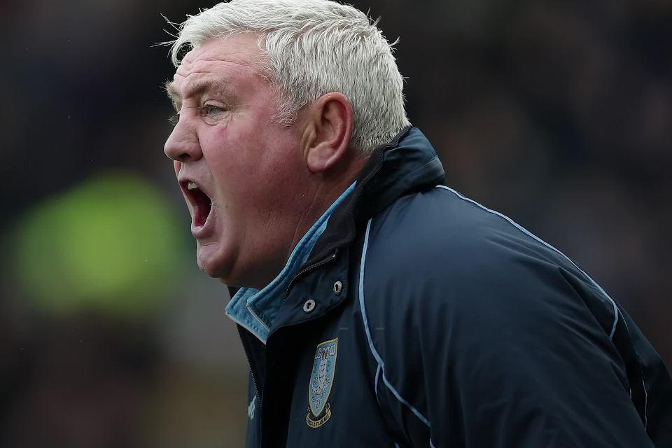 Fans Newcastle Kesal dengan Penunjukan Steve Bruce Sebagai Pelatih Anyar, Kenapa?