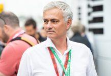 """Jose Mourinho Bebankan """"Target Besar"""" untuk Conte"""