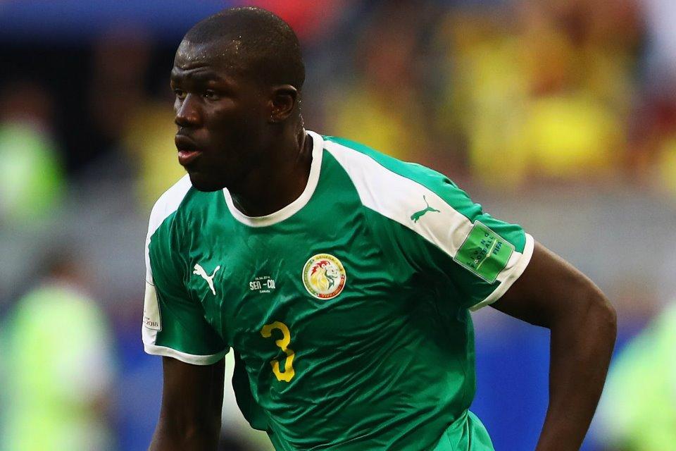 Bek Senegal Buat Manchester United Gigit Jari