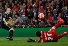 Donny van de Beek Lebih Cocok Gabung Liverpool Ketimbang Madrid