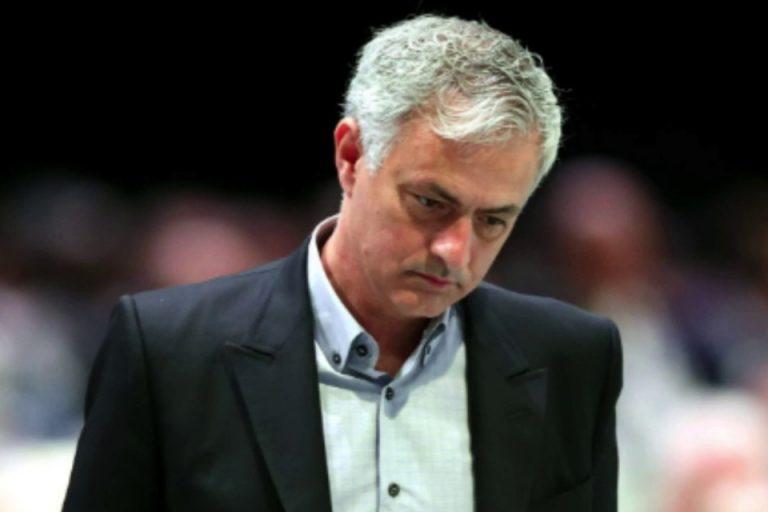 Ferdinand Jelaskan Apa yang Membuat Mourinho Dipecat United