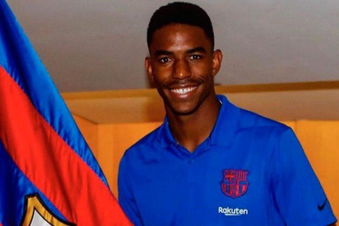 Di Barcelona, Junior Firpo Warisi Nomor Vermaelen