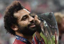Neville; Salah Akan Segera Meninggalkan Liverpool
