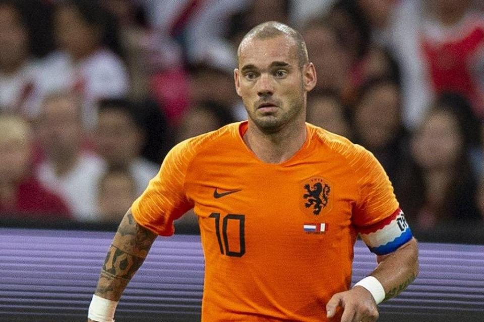 Sudah Umumkan Pensiun, Sneijder Ternyata Salah Ucap?