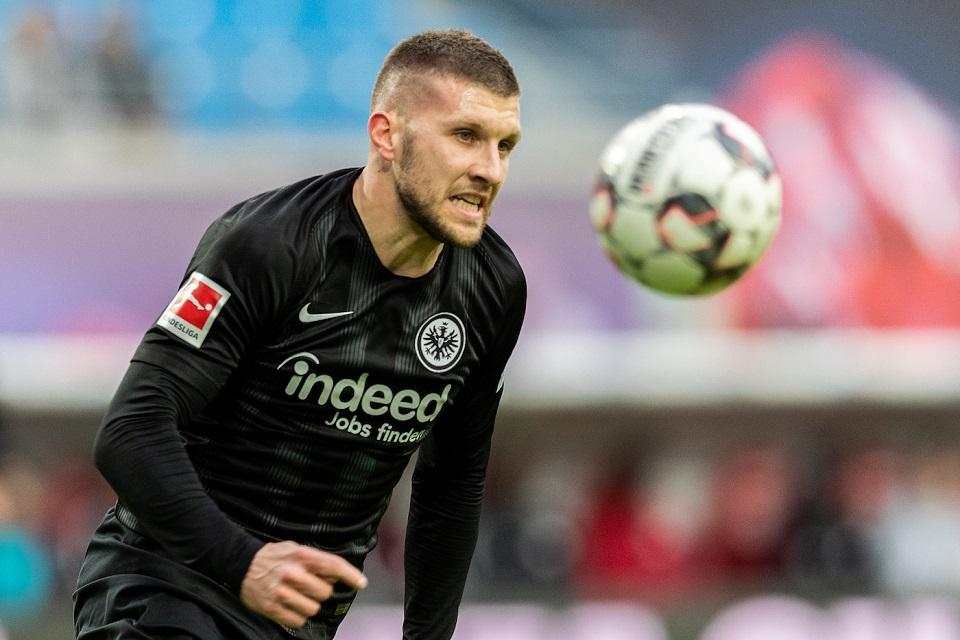 Milan Segera Tuntaskan Transfer Pemain Ini