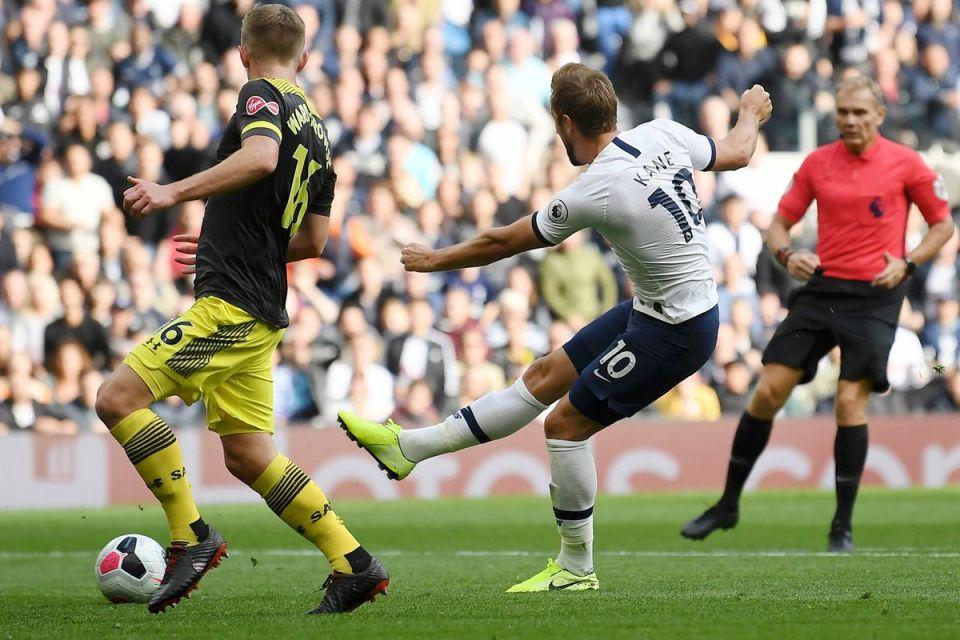 Bermain Dengan 10 Pemain, Tottenham Sukses Melumat Southampton