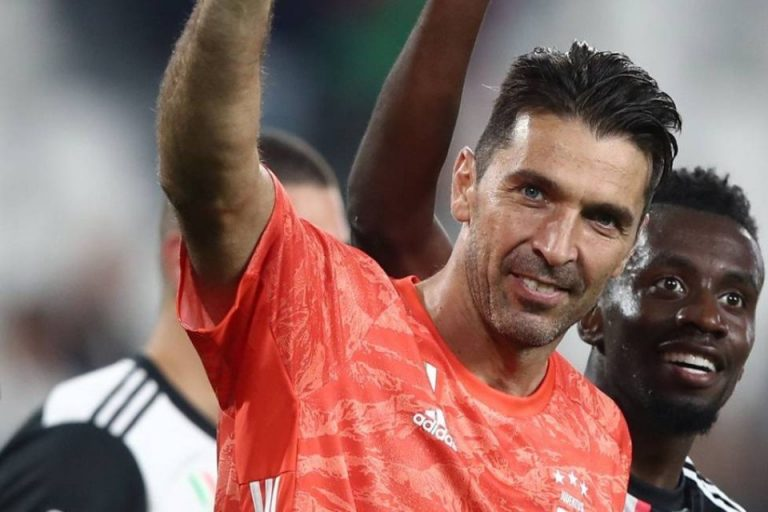 Buffon Resmi Pecahkan Rekor Serie A!