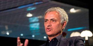 Kecam Klopp, Mourinho Buka Suara Terkait Gaya Bermain MU