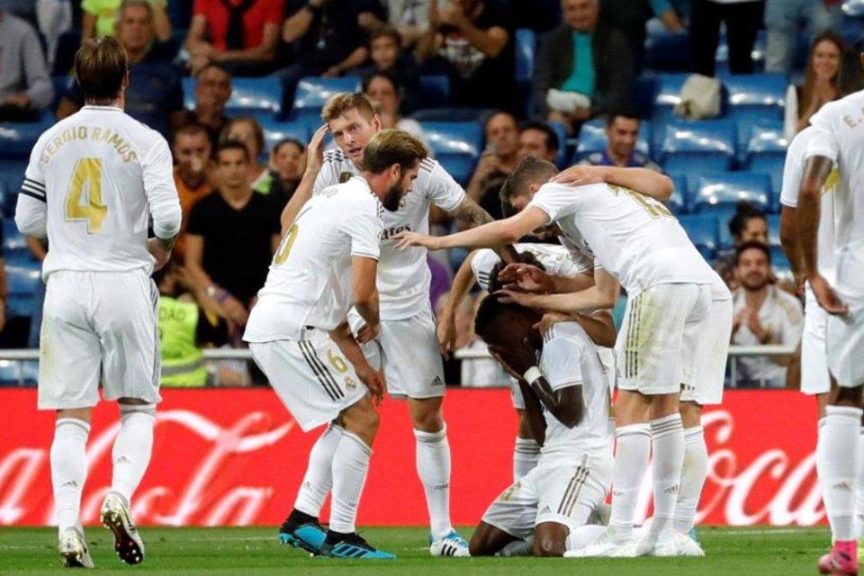 Kalahkan Osasuna 2-0, Madrid Sukses Puncaki Klasemen