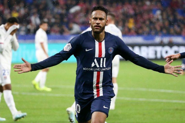 Neymar Bukanlah Pesepakbola yang Patut Dicontoh
