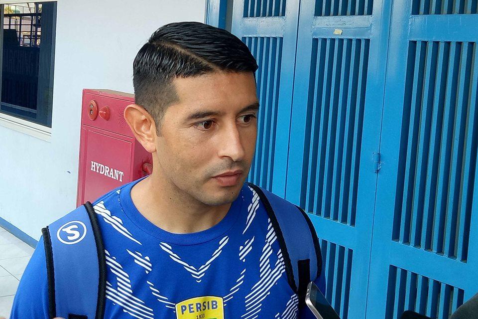 Persib vs Arema Esteban Vizcarra Kecewa Gagal Bereuni Dengan Mantan Klub