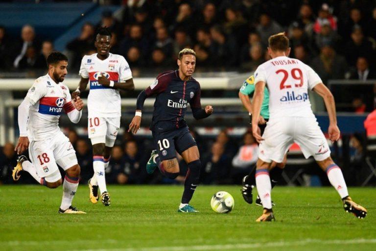 Prediksi Lyon vs PSG: Les Parisiens Punya Rekor Buruk Di Kandang Les Gones