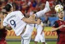 Zlatan Ibrahimovic Bekelakar Dirinya Mampu Main Hingga Setengah Abad!