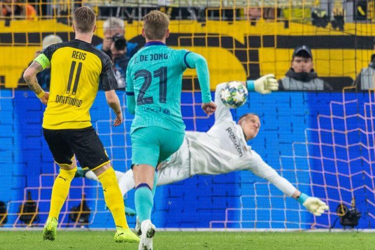 Reaksi Ter Stegen Usai Tahan Gempuran Dortmund