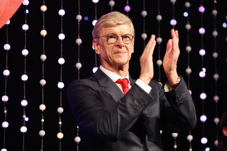 Hasrat Wenger Latih Bayern Bertepuk Sebelah Tangan