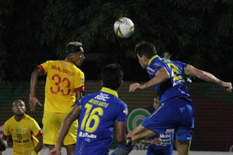 Persib Curi Poin dari Markas Bhayangkara FC