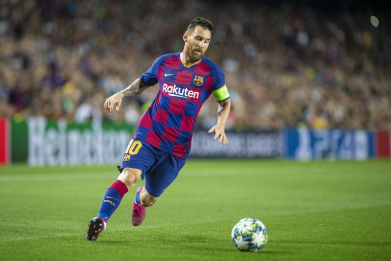 Mulai Rentan Cedera, Messi Kini Lebih Hati-hati Bermain Bola