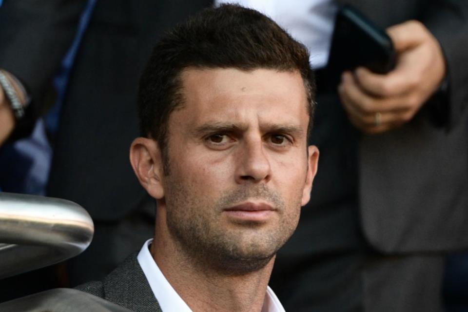 Mantan Pelatih PSG Junior Resmi Tangani Genoa