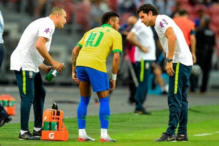 Neymar Cedera, Pelatih Brasil Ogah Disalahakan