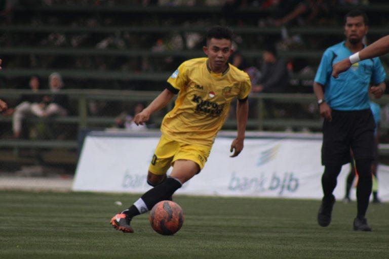 Adios Kuro FC Hajar Blue FC Lima Gol Tanpa Balas