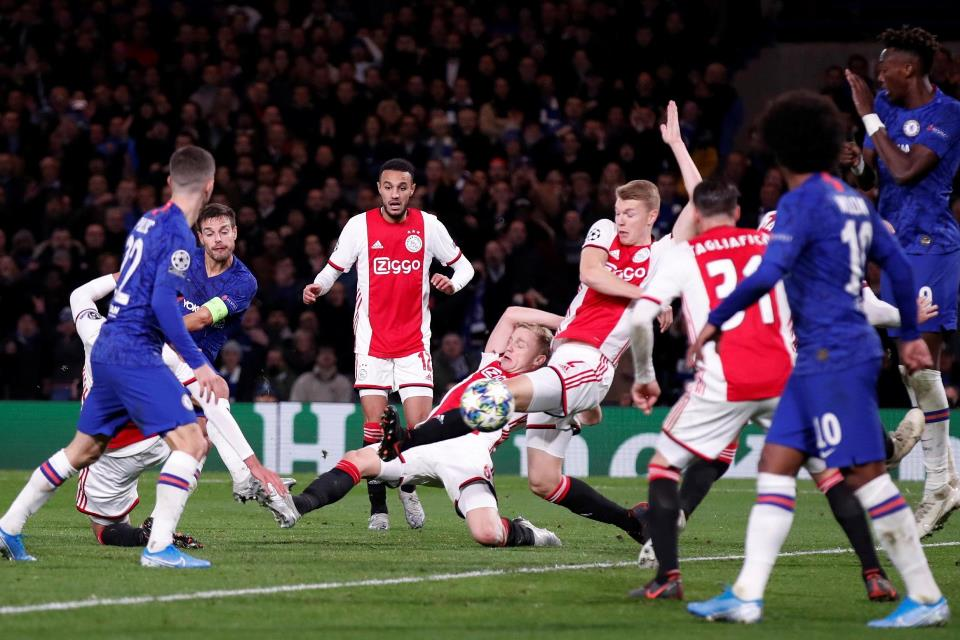Drama Delapan Gol, Chelsea Nyaris Dipecundangi Ajax