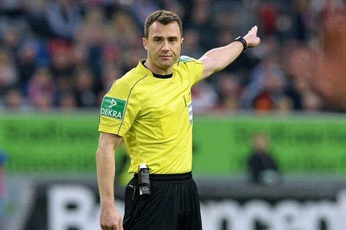 Catatan Wasit Laga Antara Bayern Munchen VS Borussia Dortmund, Apa Saja?
