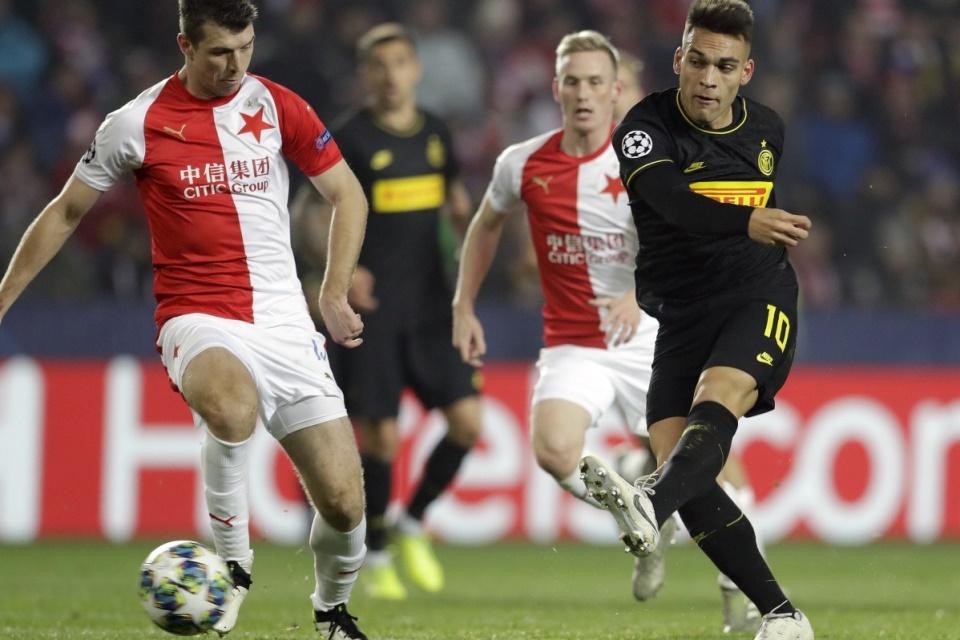 Kalahkan Slavia 3-1, Inter Buka Kans Lolos 16 Besar