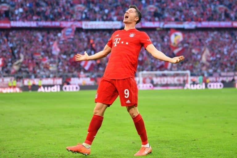Dua Gol Kontra Dortmund, Lewandowski Pecahkan Tiga Rekor Sekaligus