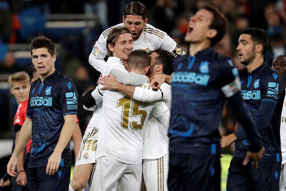 Menang 3-1 Atas Sociedad, Madrid Pepet Barca Di Puncak Klasemen