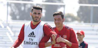 Mesut Ozil dan Sead Kolasinac