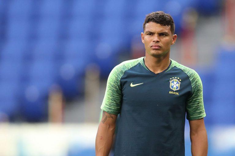Minta Pelatih Brasil Tuk Diam, Silva Kecam Messi